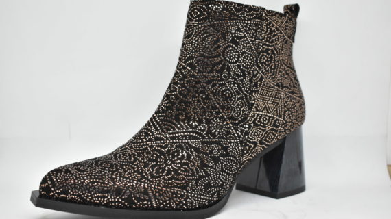El calzado que arrasa entre las mujeres en otoño-invierno 2019, las botas camperas